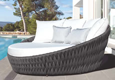 Bromo Luxury Daybed